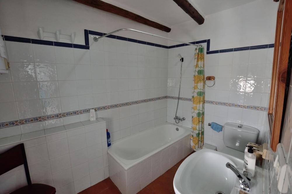 Villa con 3 Dormitorios en Venta Montejaque