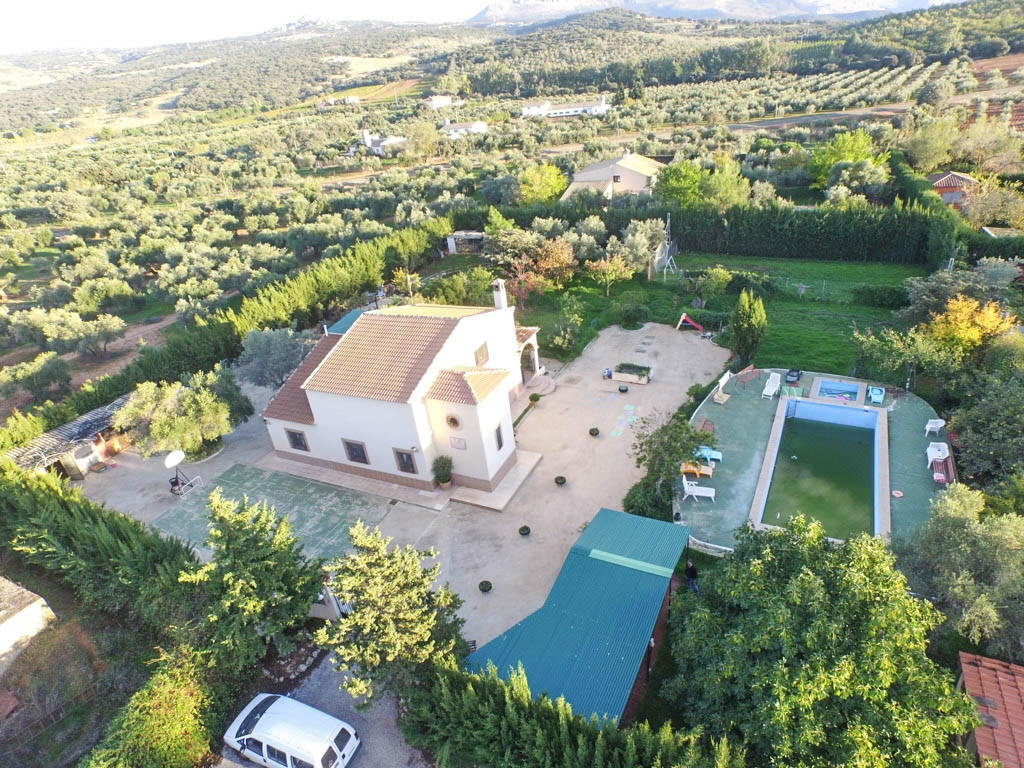 Villa Finca 4 Dormitorio(s) en Venta Ronda