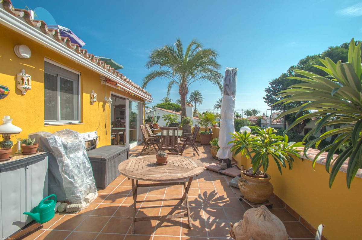 Reihenhaus Stadthaus in El Faro R3287089