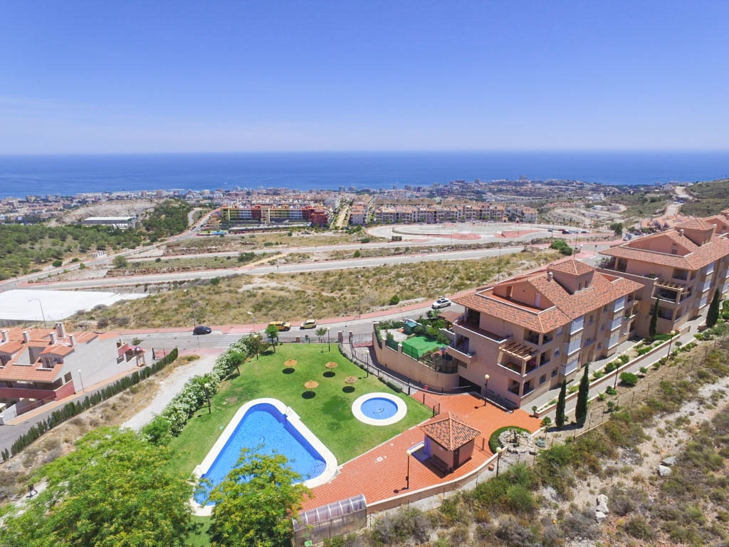 This property has been very successful and achieves a 900€ per month long term rental income and is ,Spain