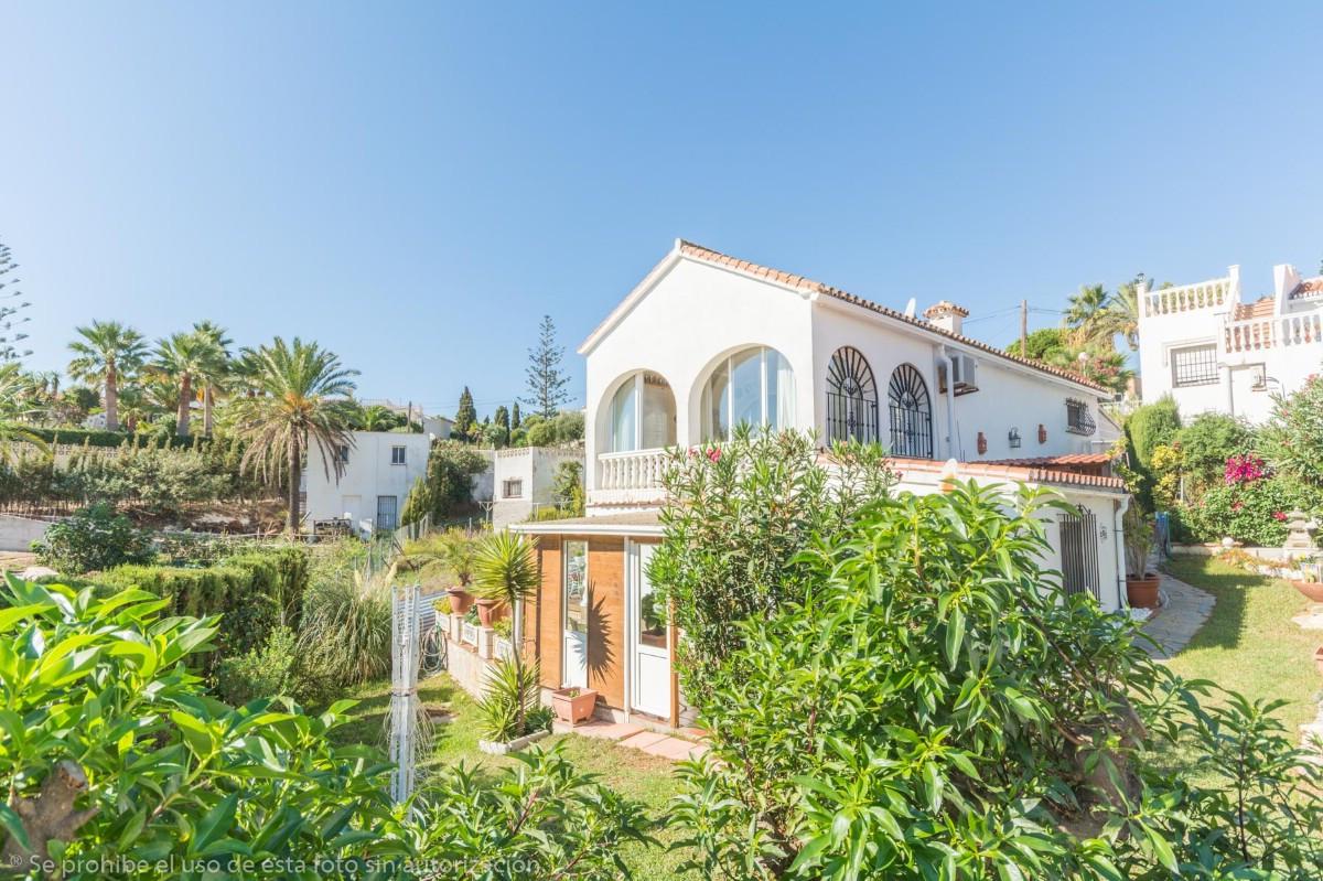 Villa - Chalet en El Faro R3531637