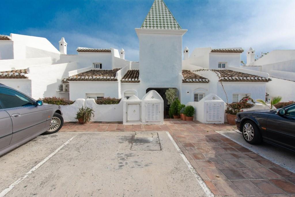 Townhouse Terraced Torrequebrada Málaga Costa del Sol R3394225 4