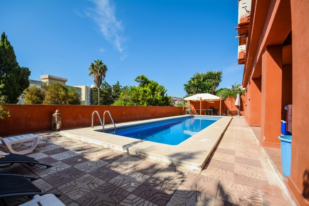 Villa en vente à Fuengirola R2496860