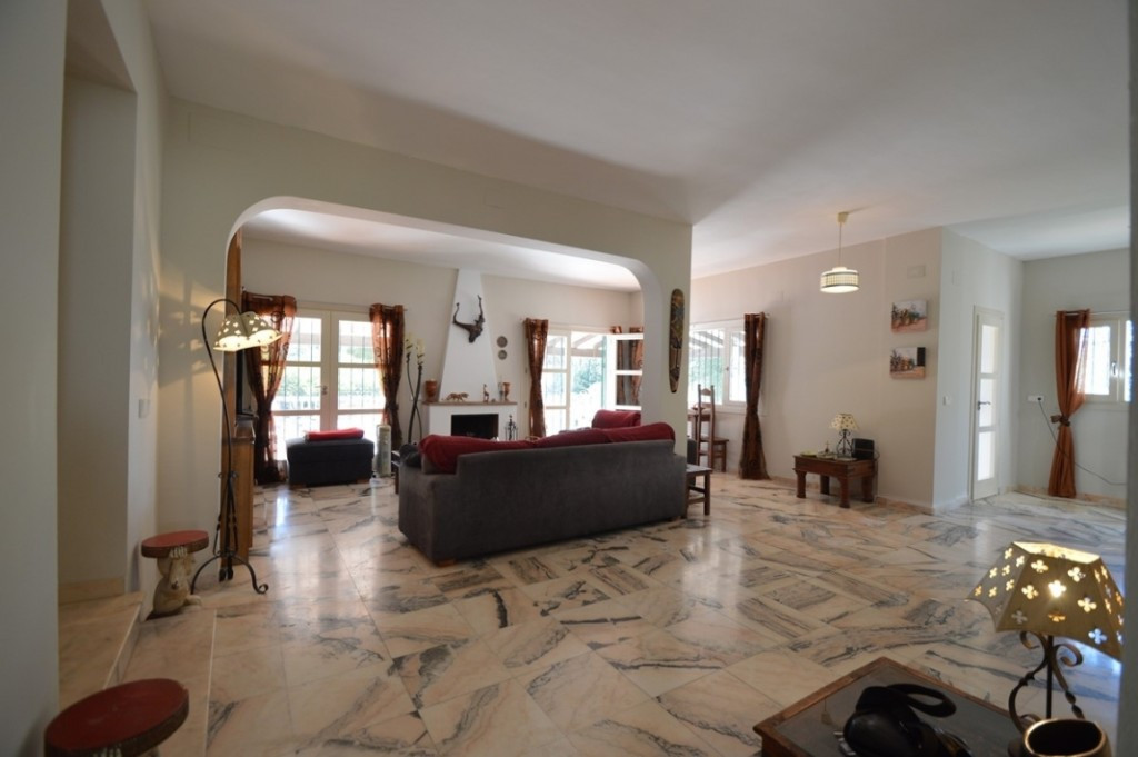 Villa con 6 Dormitorios en Venta Torreblanca