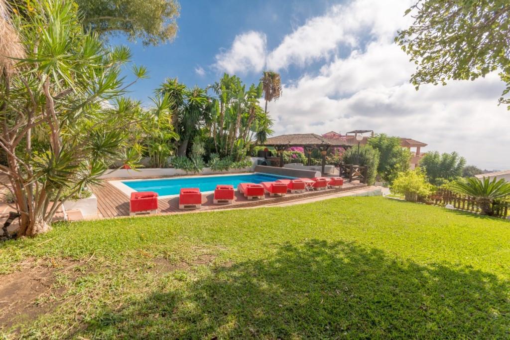 Villa - Chalet en Benalmadena Pueblo R2329154