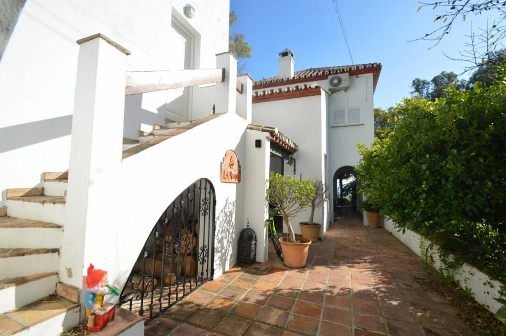 Villa con 7 Dormitorios en Venta Benalmadena Pueblo