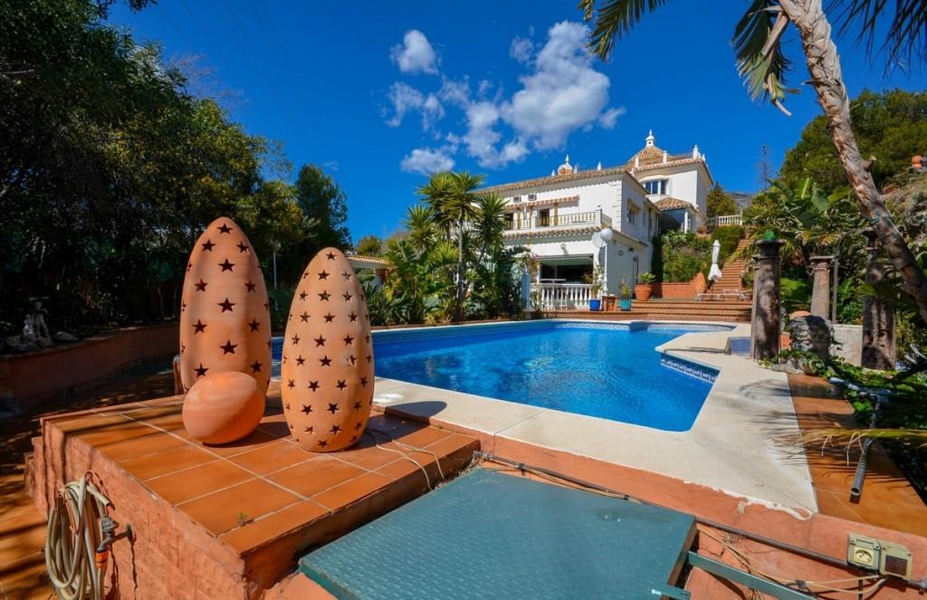 Villa · Mijas