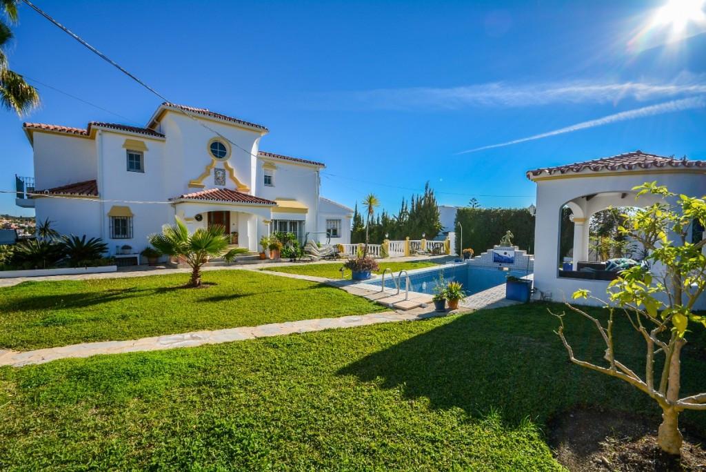 Fristående villa i Estepona R2833532