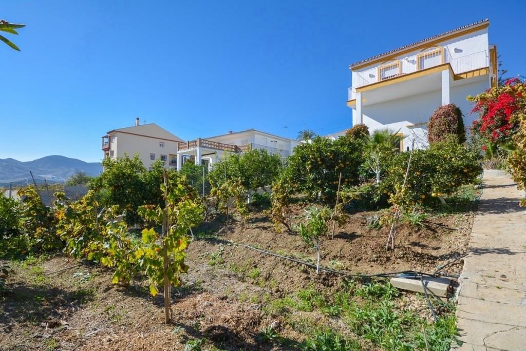 Detached Villa for sale in Cártama R2808671