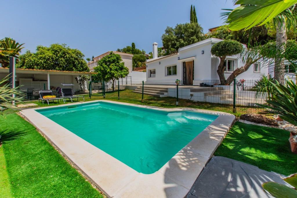 Detached Villa for sale in Mijas Costa R2565185