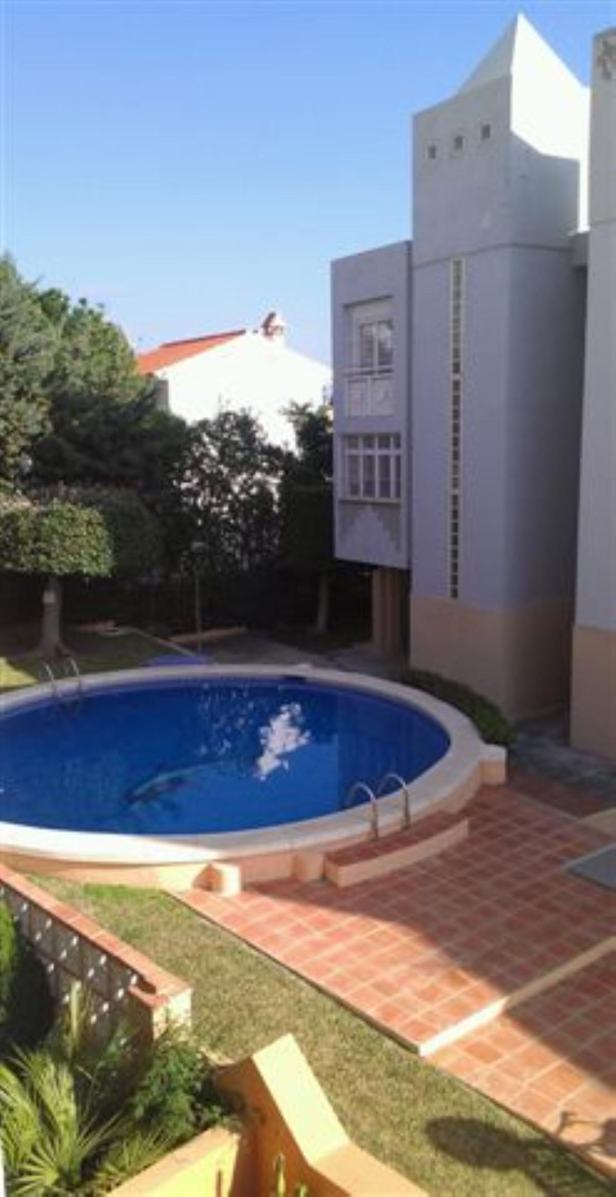 Townhouse, Arroyo de la Miel, Costa del Sol. 4 Bedrooms, 2 Bathrooms, Built 264 m².  Setting : Town,,Spain
