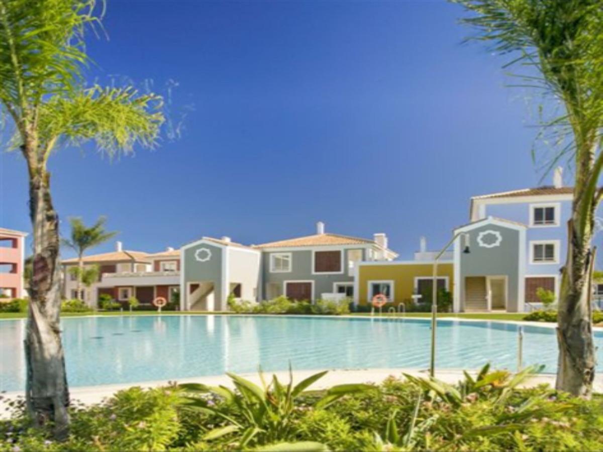 Modern Apartment with Sea Views, Estepona