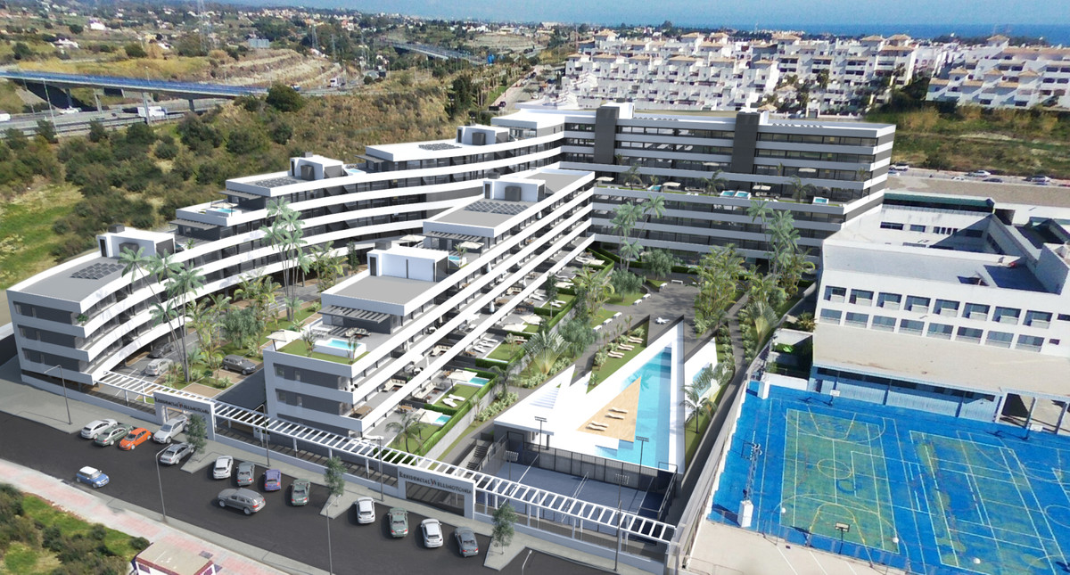 Fantastic selection of 1, 2 ,3 and 4 bed apartments with terraces and communal pools in Estepona