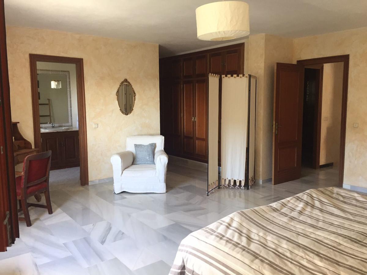 Renovated Apartment in Sought-after Village, Casares Pueblo