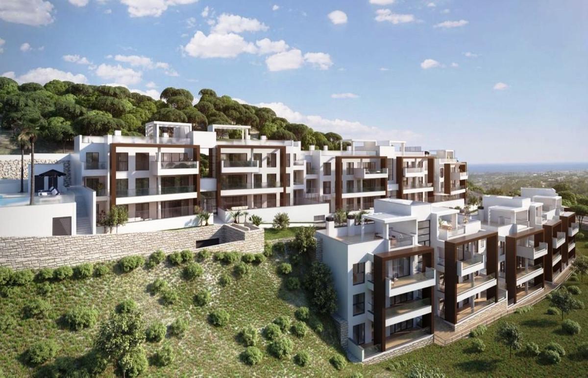 3 bed apartment above Marbella and Puerto Banus