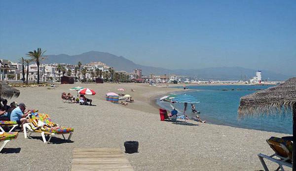 Panoramic sea views and beach side living!