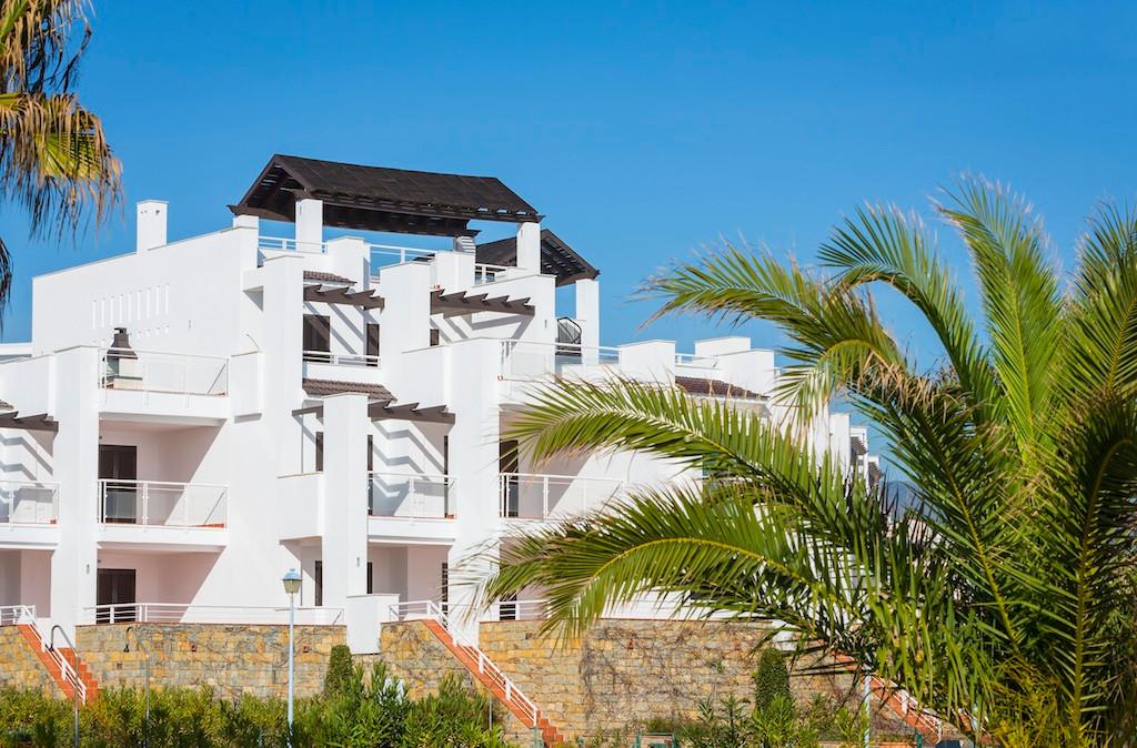 Luxurious development combining sun, sea and views