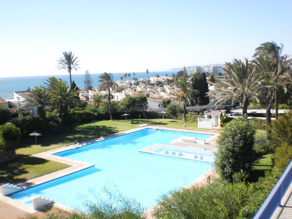 Semi-detached villa with sea views and private garden