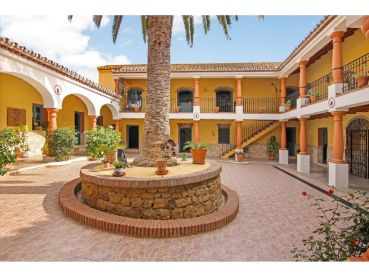 Hacienda in the heart of Polo capital!