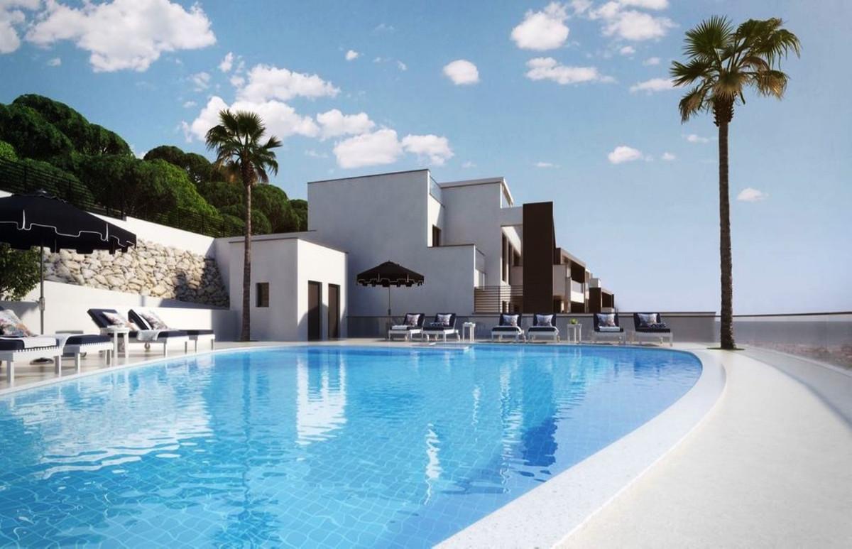 Marbella and Puerto Banus on your doorstep!