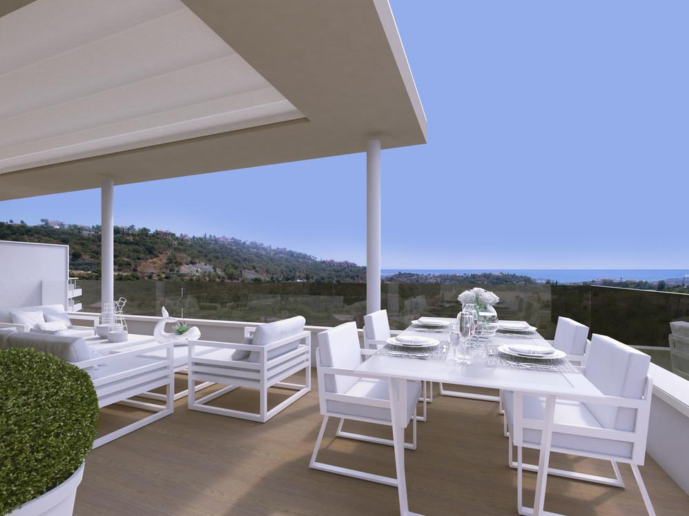 Penthouse on the hills of Benahavis overlooking golf courses