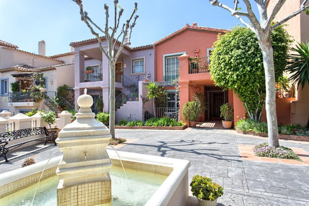 Rare apartment in beautiful Pueblo - stylish and elegant