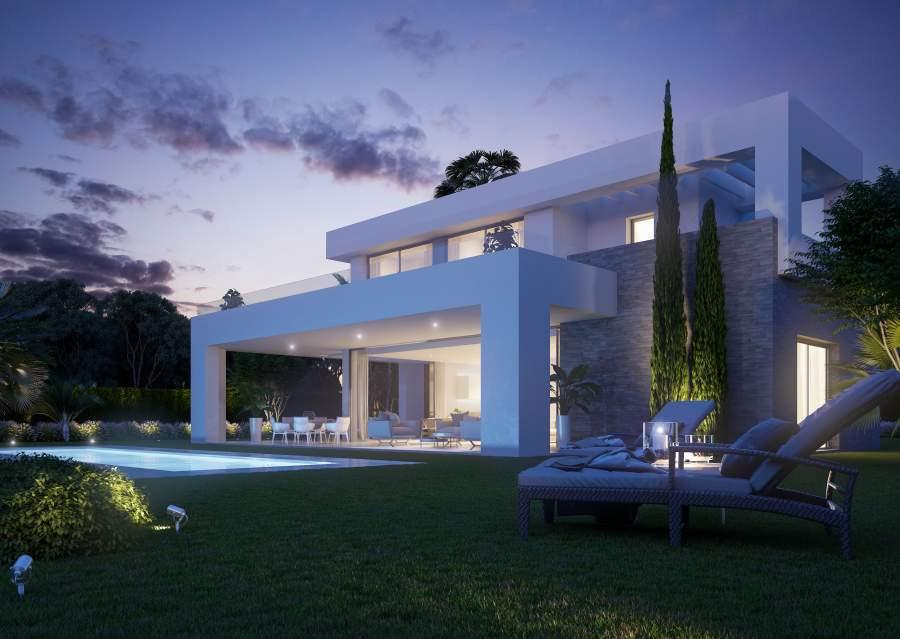 Contemporary villa in country club environment