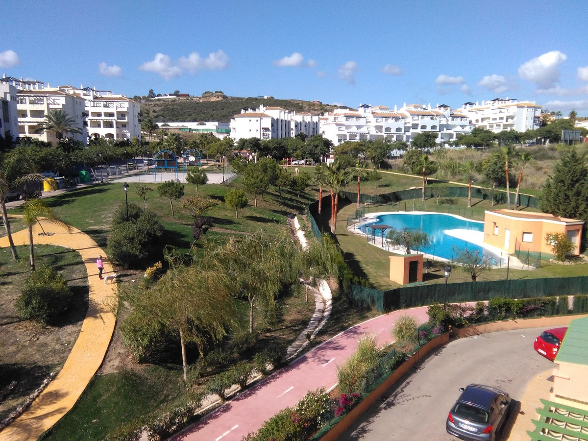 ACT NOW! This amazing 2 bed 2 bath property is located a mere 5 minutes from Sabinillas port where t,Spain