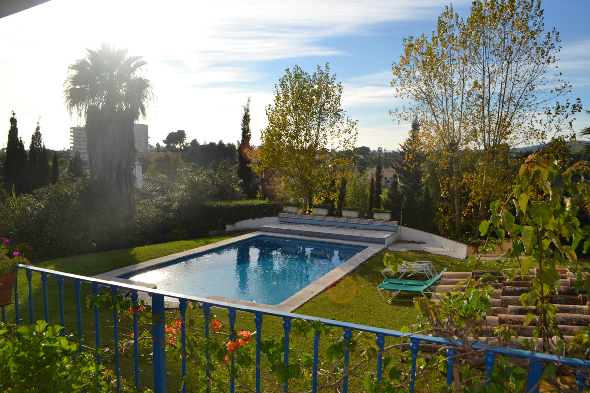 Traditional Cortijo, fantastic business opportunity or family home