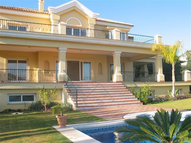 Walk to Villa Padierna
