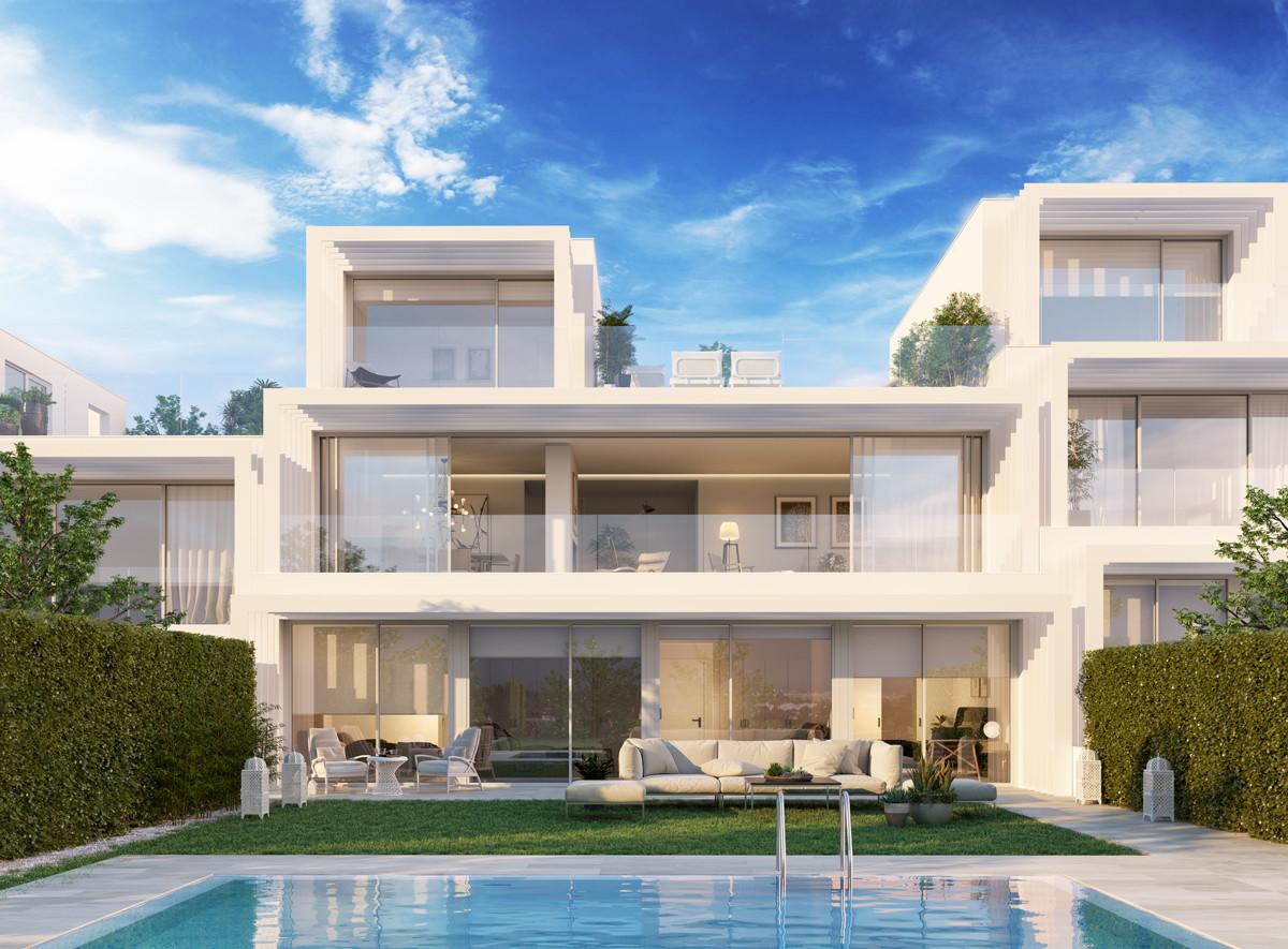 Spacious villa with stunning sea views