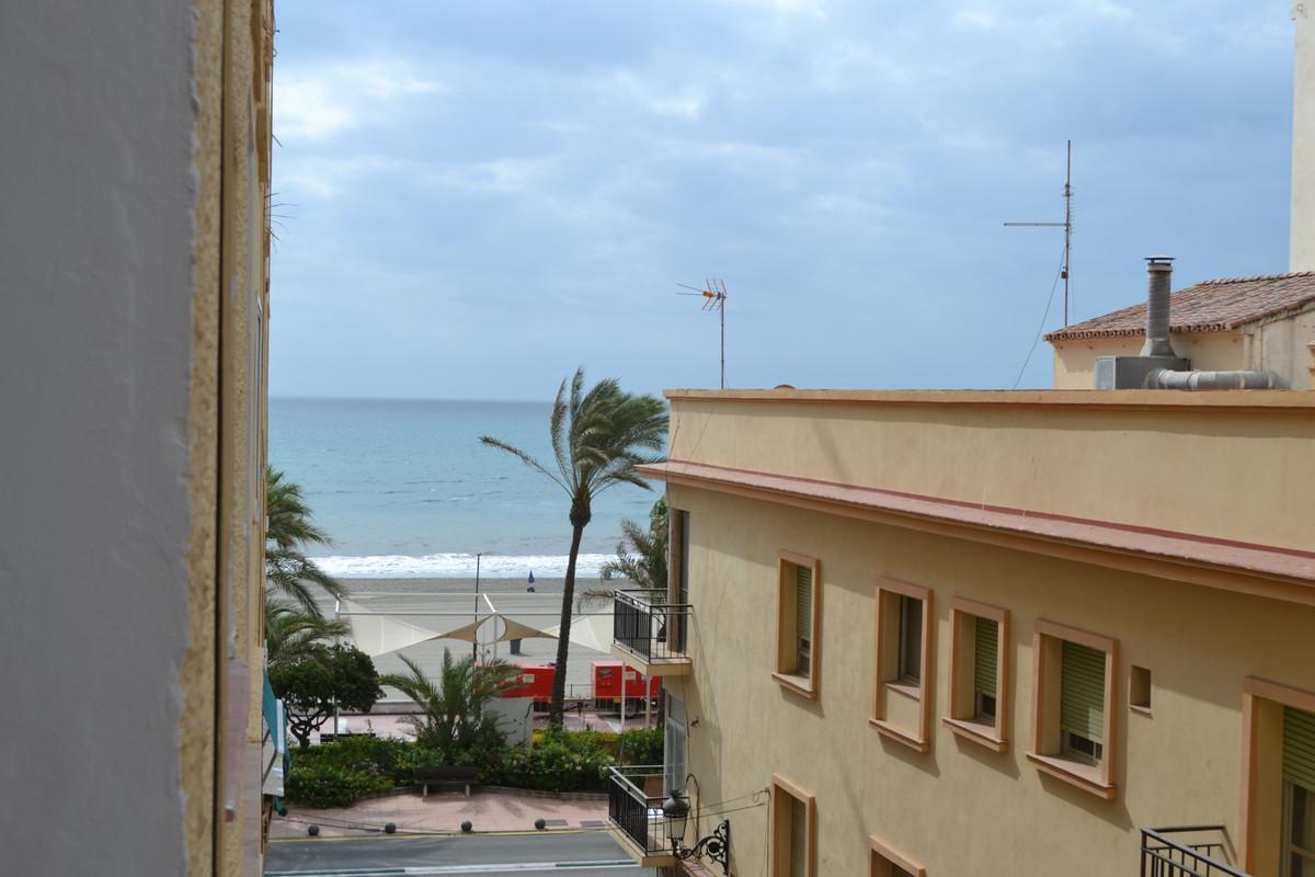 Beach residence - centre of Estepona