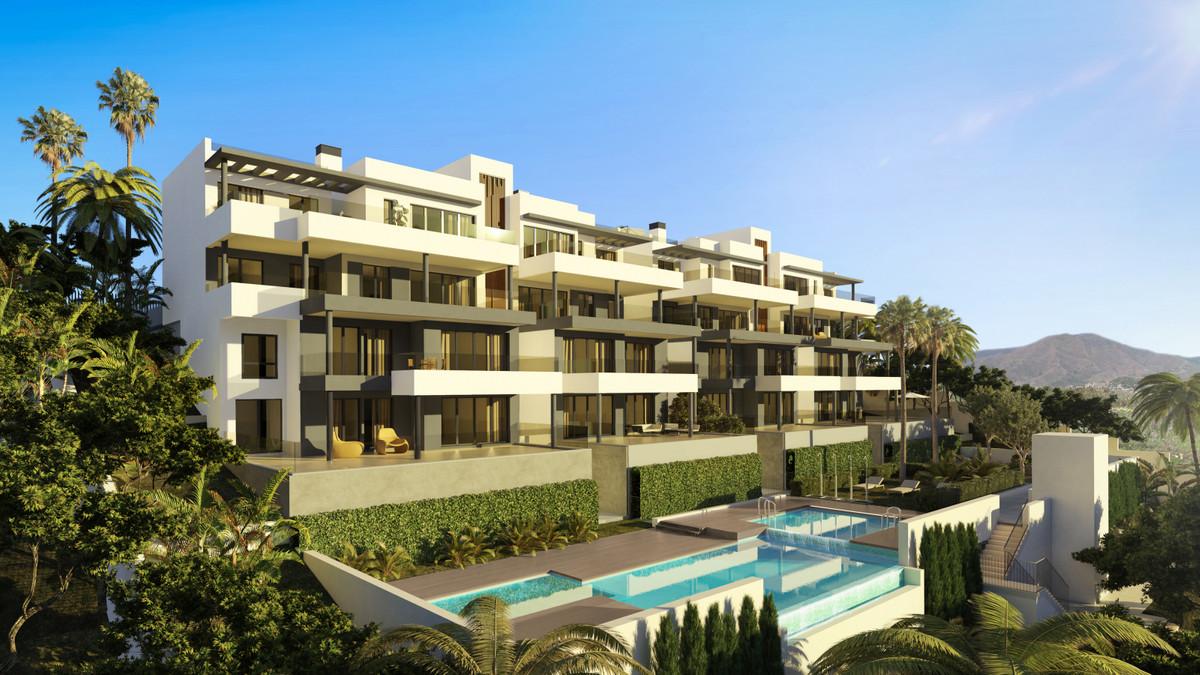 Stunning new apartments near Estepona