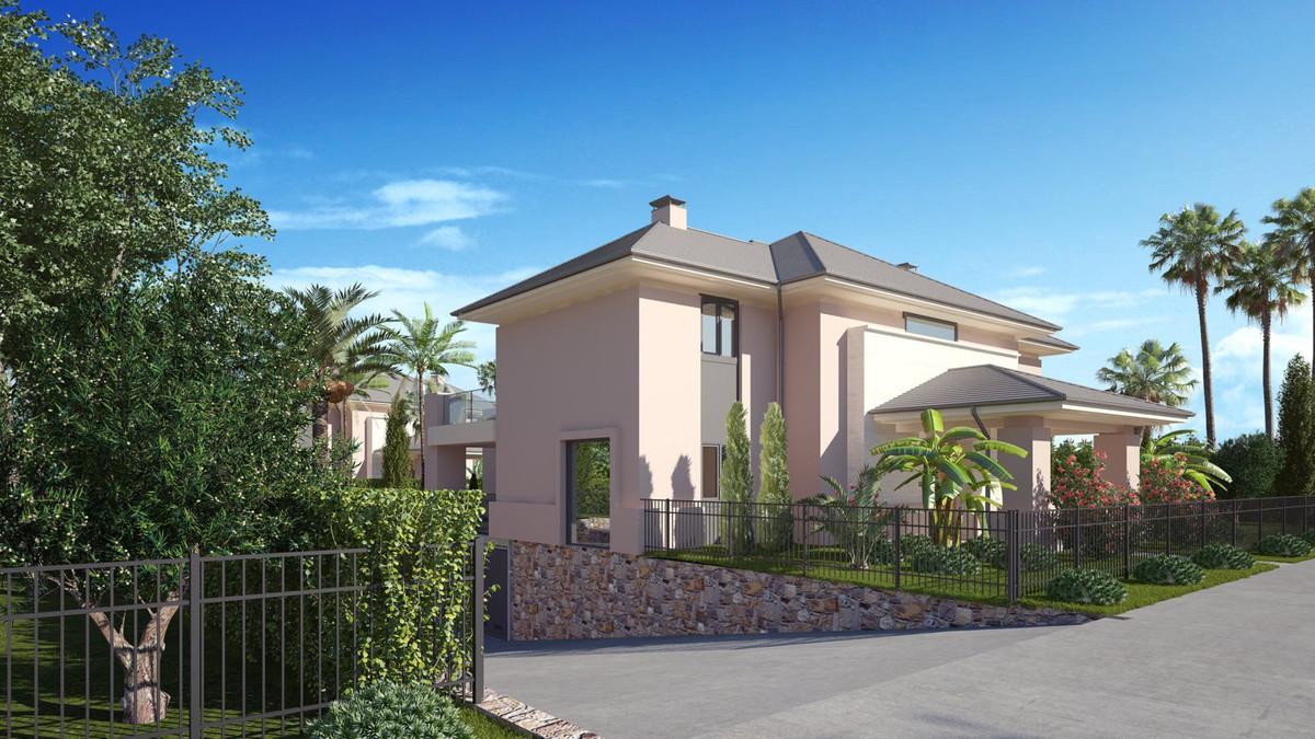 Stunning villas between Estepona and Puerto Banus