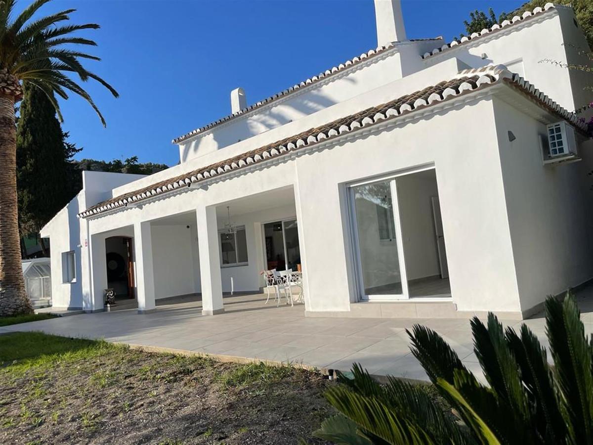 Detached Villa for sale in Mijas R3877978