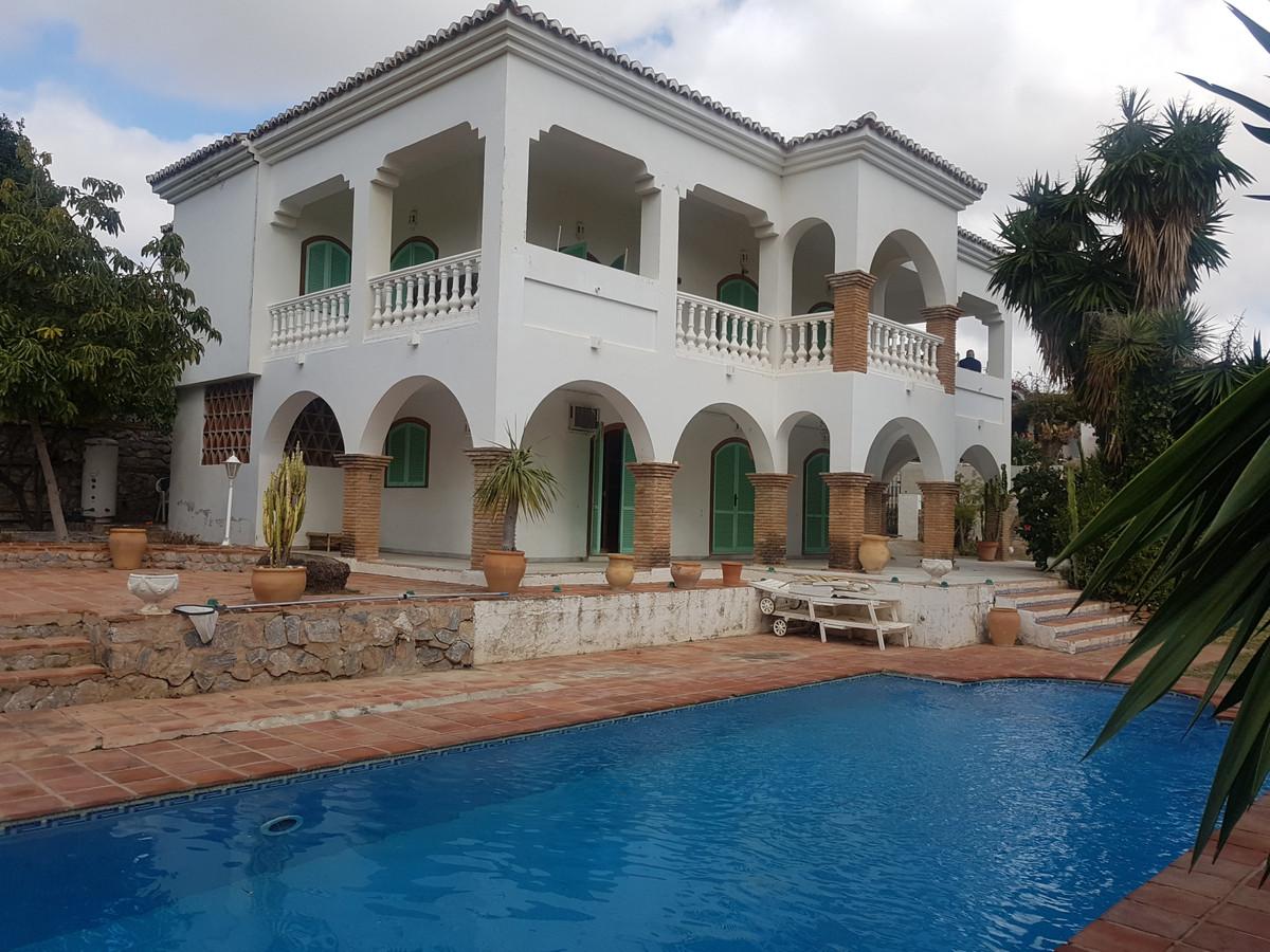 Villa Independiente en Mijas Costa, Costa del Sol