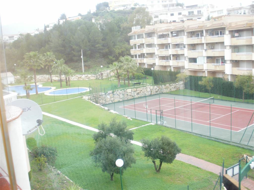 Middle Floor Apartment - Torreblanca