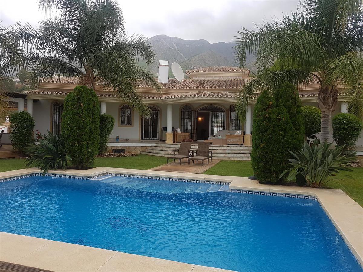 Villa - Valtocado