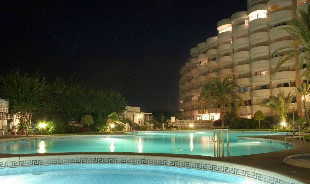 Middle Floor Apartment - Marbesa