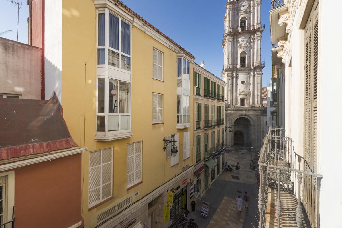 Small renovation needed!   Middle Floor Apartment, Malaga Centro, Costa del Sol. 3 Bedrooms, 2 Bathr,Spain