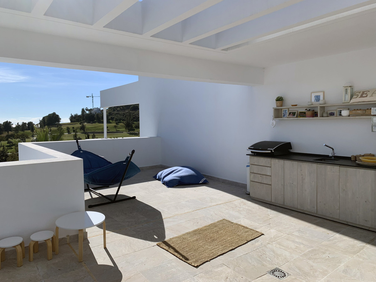 Apartamento con 3 Dormitorios en Venta Benahavís