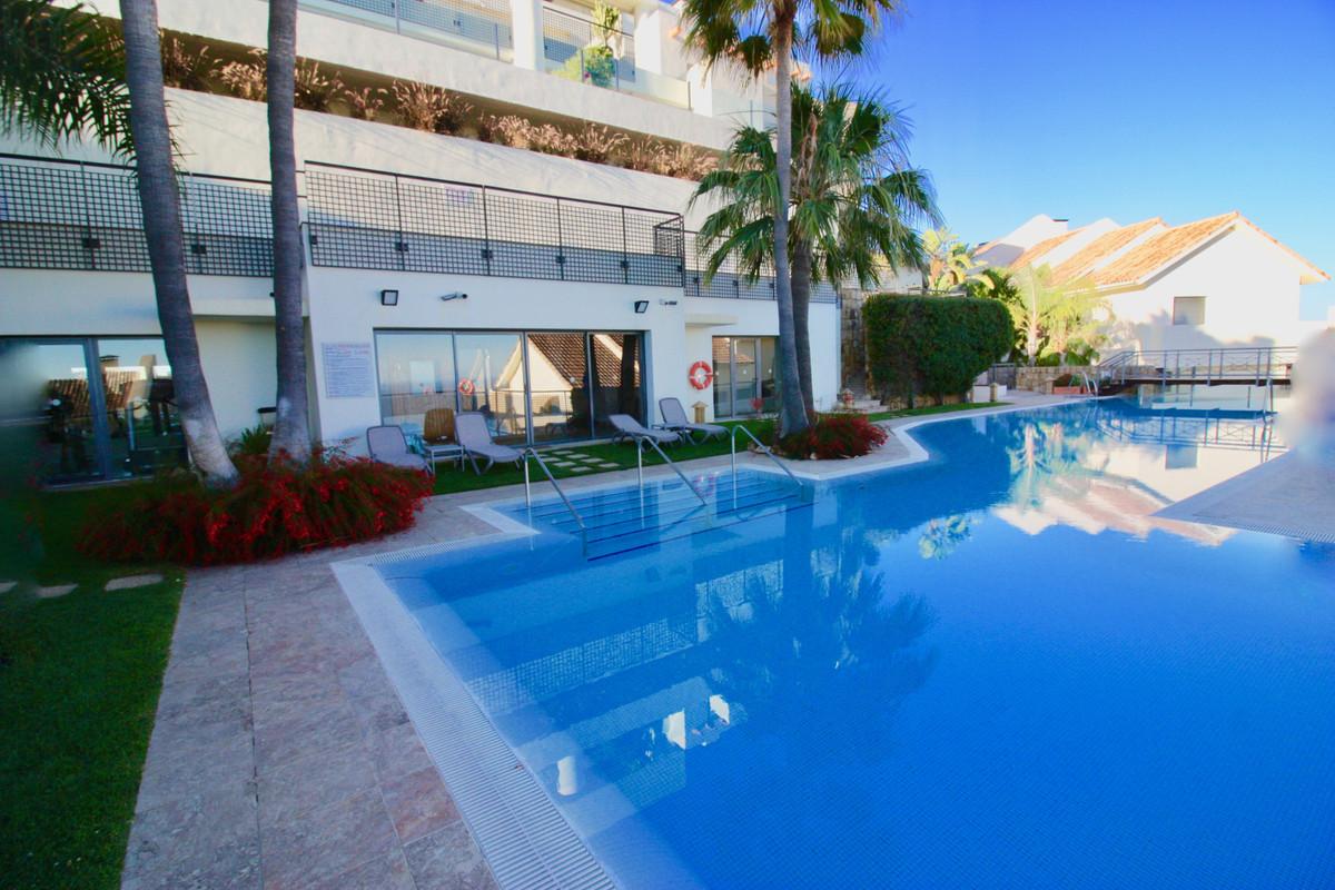 Apartamento Planta Baja a la venta en Altos de los Monteros