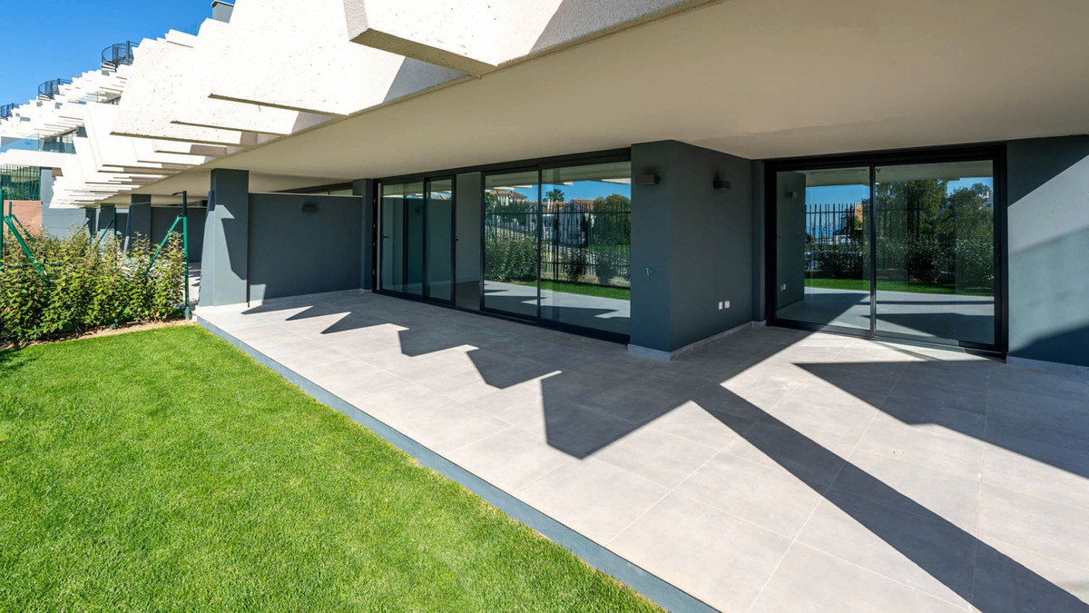 NEW GOLDEN MILE, ESTEPONA, SELWO, OASIS 325  410i 380.000 €   +  7 ITP Key-ready new build apartment,Spain