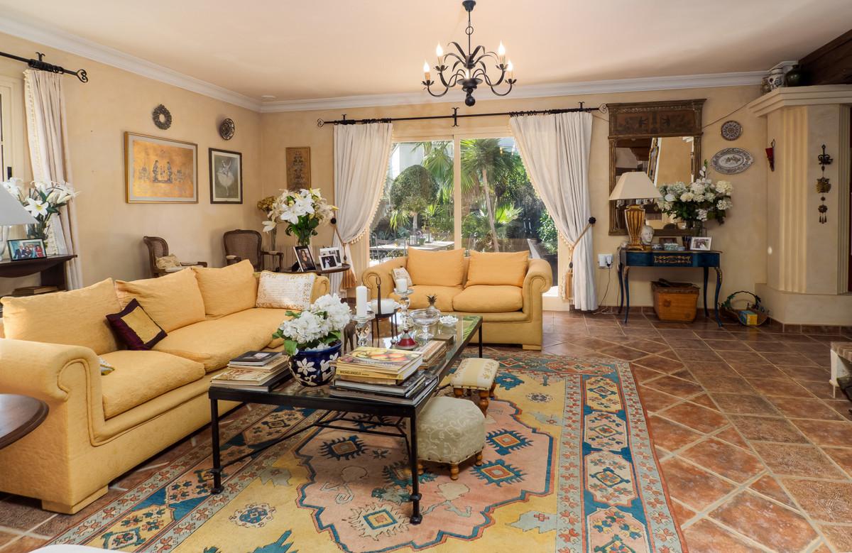 Villa Detached in Sotogrande Costa, Costa del Sol