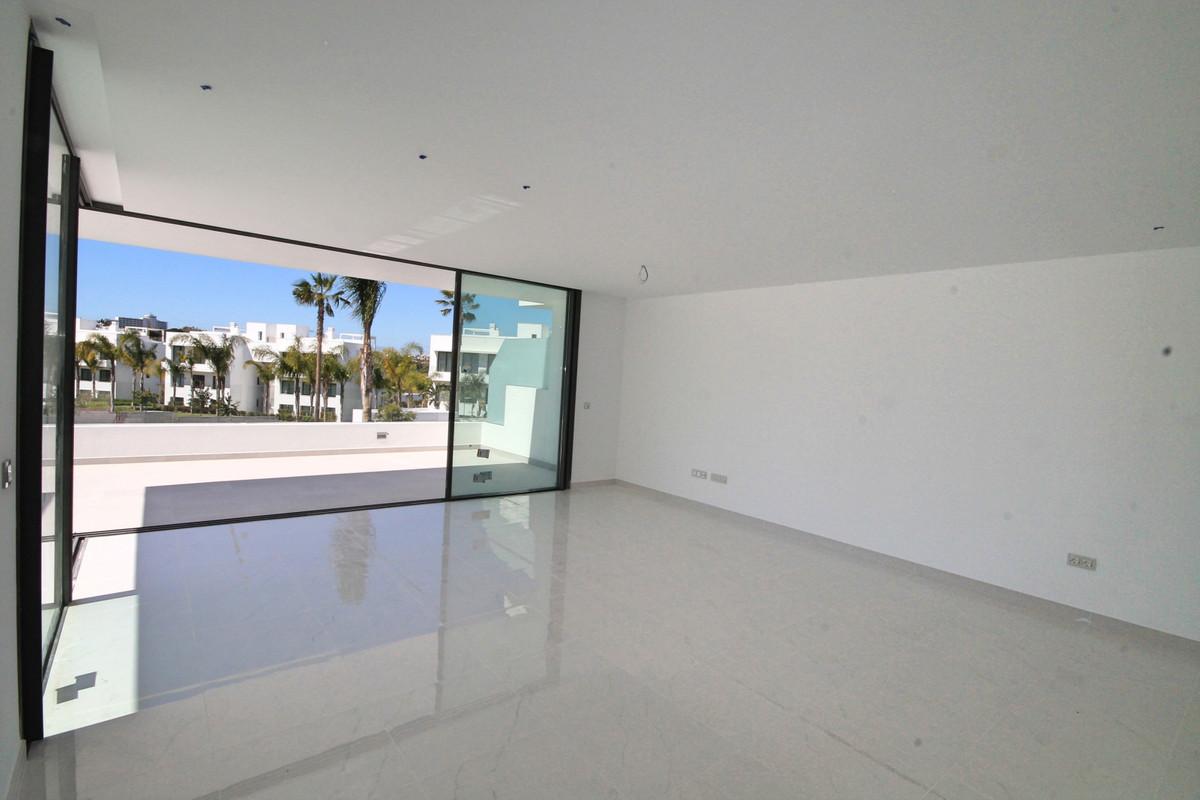 Apartment Middle Floor Atalaya Málaga Costa del Sol R3398425 3