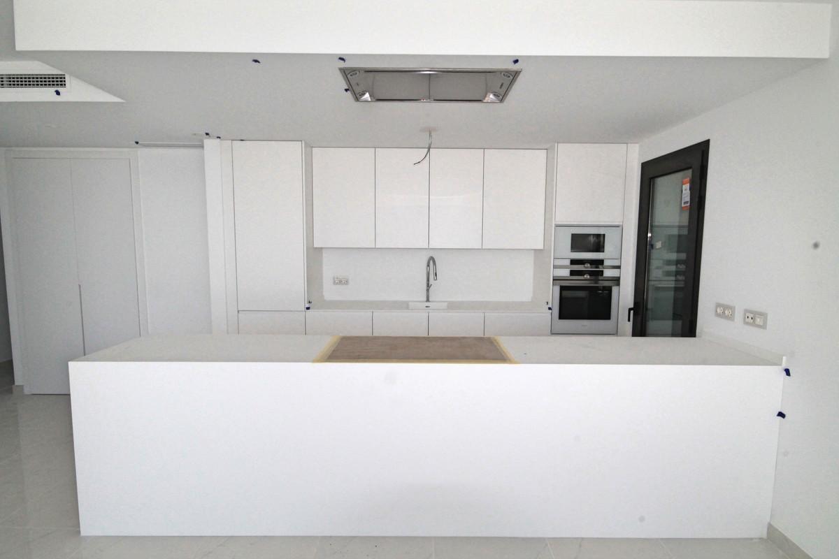 Apartment Middle Floor Atalaya Málaga Costa del Sol R3398425 5