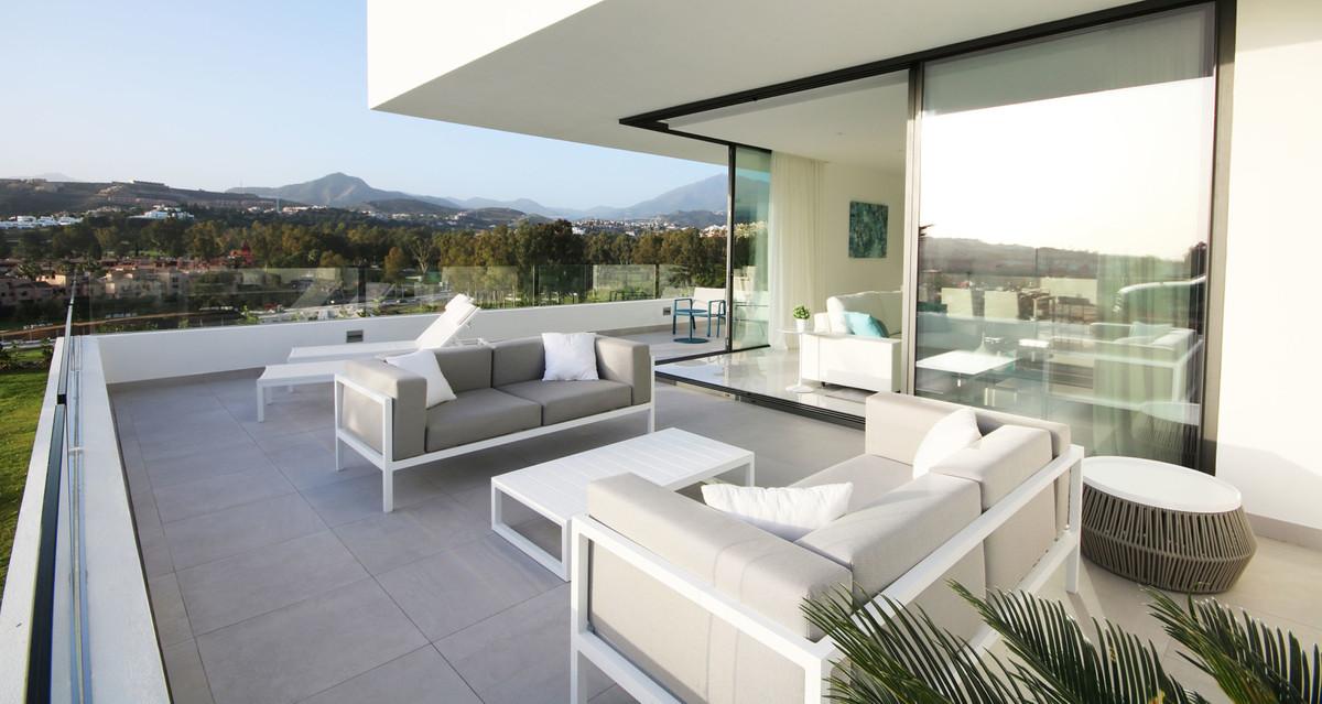 Apartment Middle Floor Atalaya Málaga Costa del Sol R3398425 9