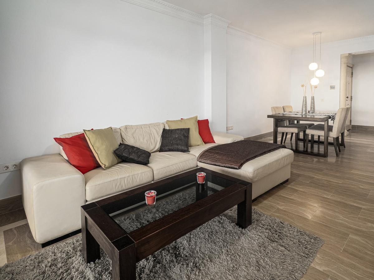 Apartment Ground Floor Sierra Blanca Málaga Costa del Sol R3018713 10