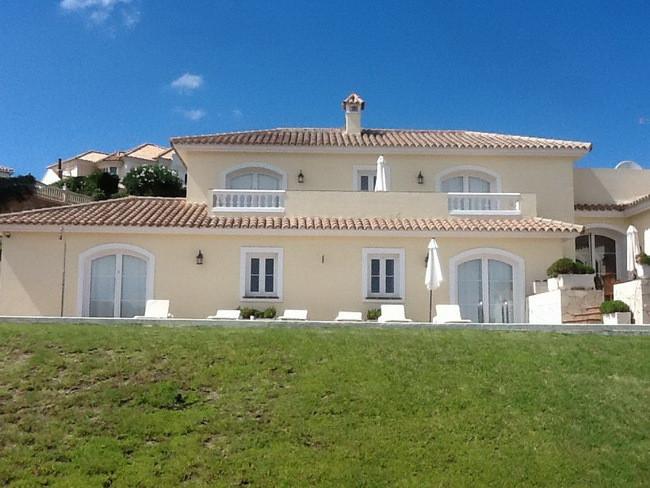 Luxurious Villa in Sotogrande in the Community of La Alcaidesa -Pool and Spectacular Sea Views - REC,Spain