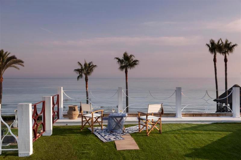Villa / Property for Sale in Altos de los Monteros, Spain